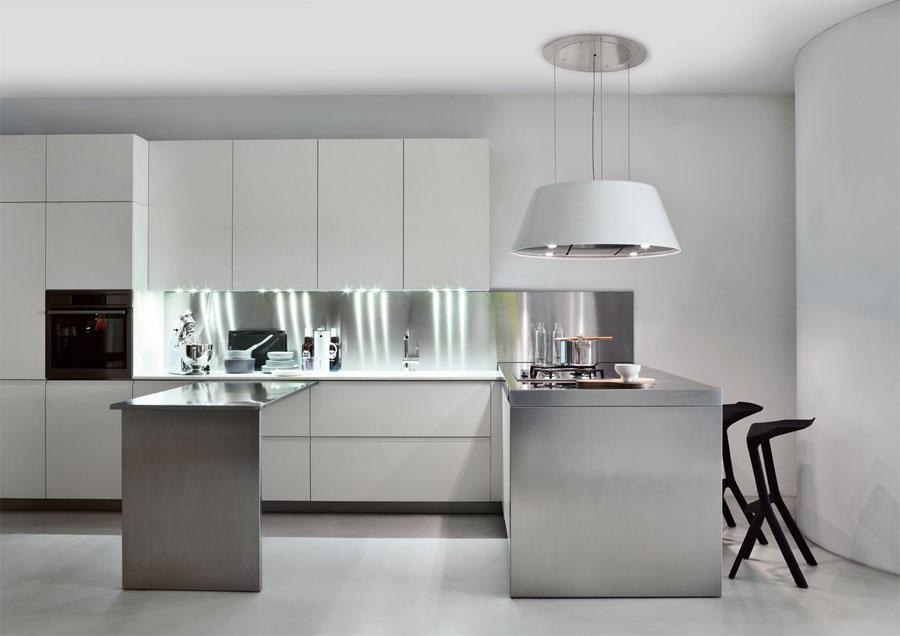 50 foto di cucine moderne con penisola - Cappe per isola cucina ...