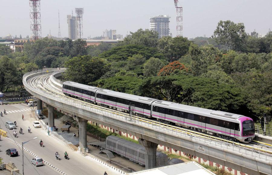 Ponte della metro di Delhi