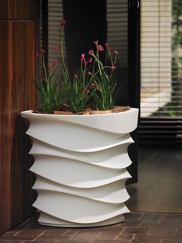 Foto della fioriera per esterni in stile moderno n.09
