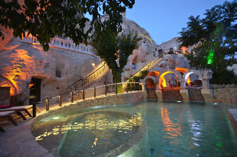 Piscina dell'hotel Gamirasu Cave in Turchia