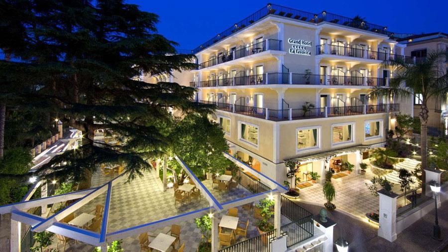 Esterno del Grand Hotel La Favorita