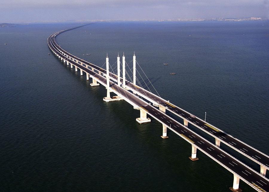 Ponte di Jiaozhou Bay