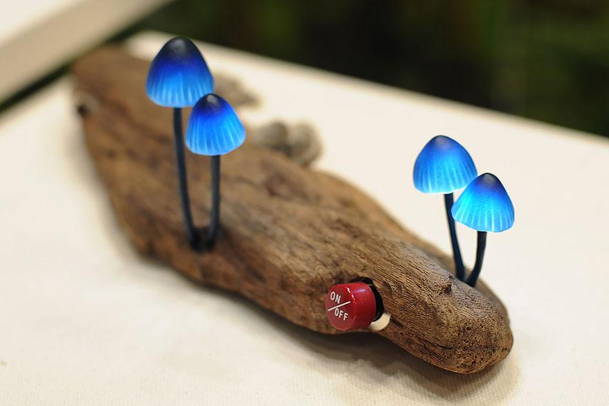 Foto della lampada con funghi a led n.01
