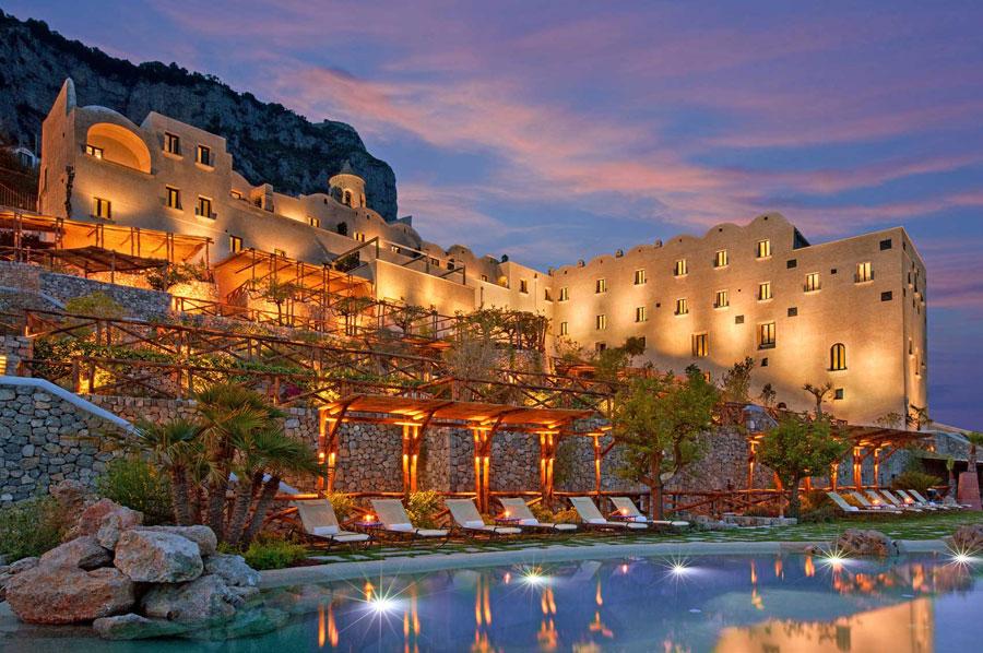 Esterno del Monastero Santa Rosa Hotel e Spa