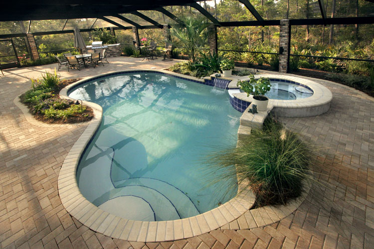 Foto della piccola piscina interra n.03