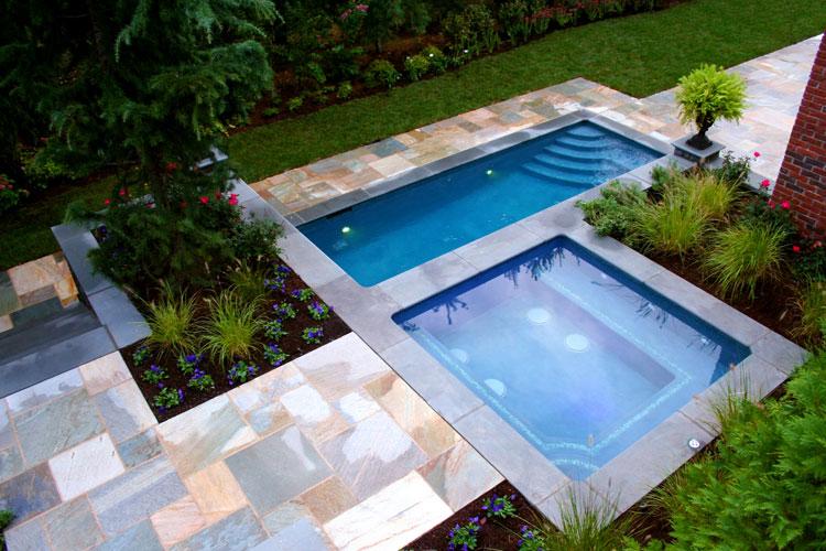 Foto della piccola piscina interra n.13