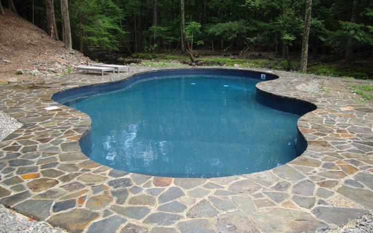 Foto della piccola piscina interra n.17