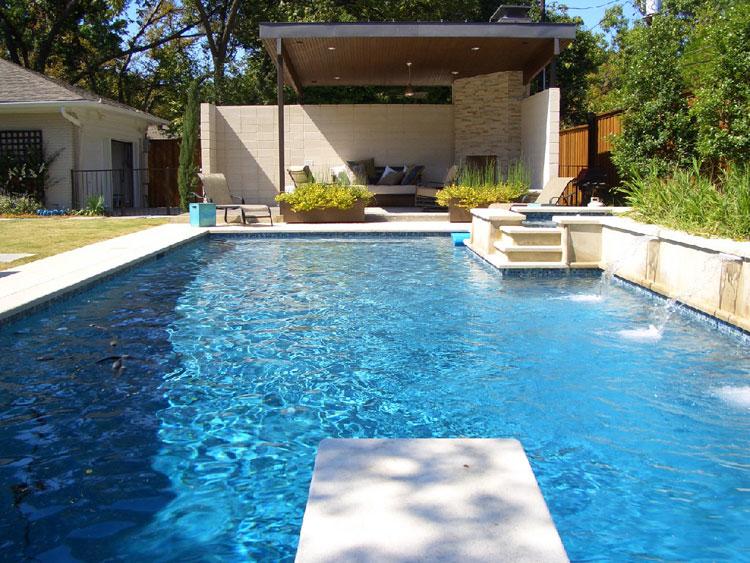Foto della piccola piscina interra n.25
