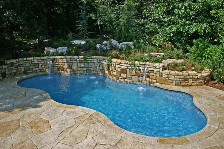 Foto della piccola piscina interra n.33