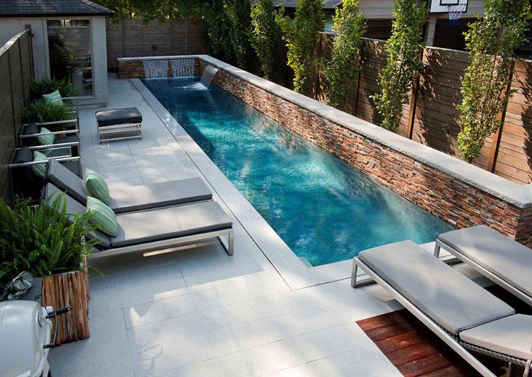 Foto della piccola piscina interra n.36