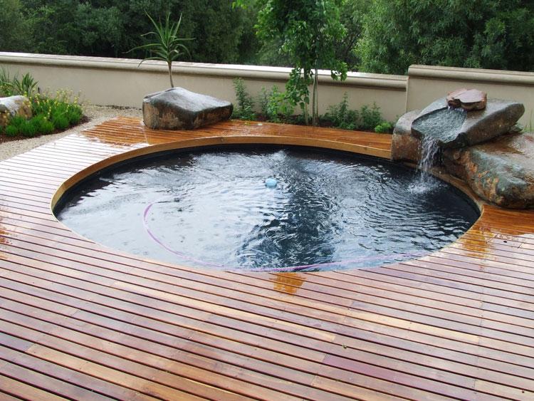 Foto della piccola piscina interra n.40