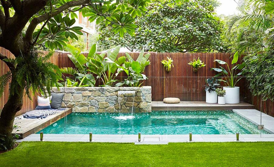 Foto della piccola piscina interra n.69