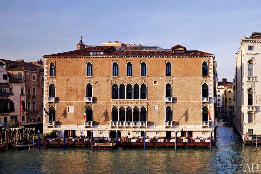 Esterno dell'hotel di lusso The Gritti Palace