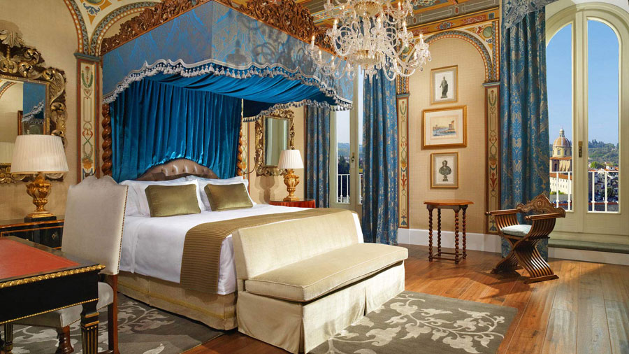 Camera dell'hotel di lusso The St Regis Firenze