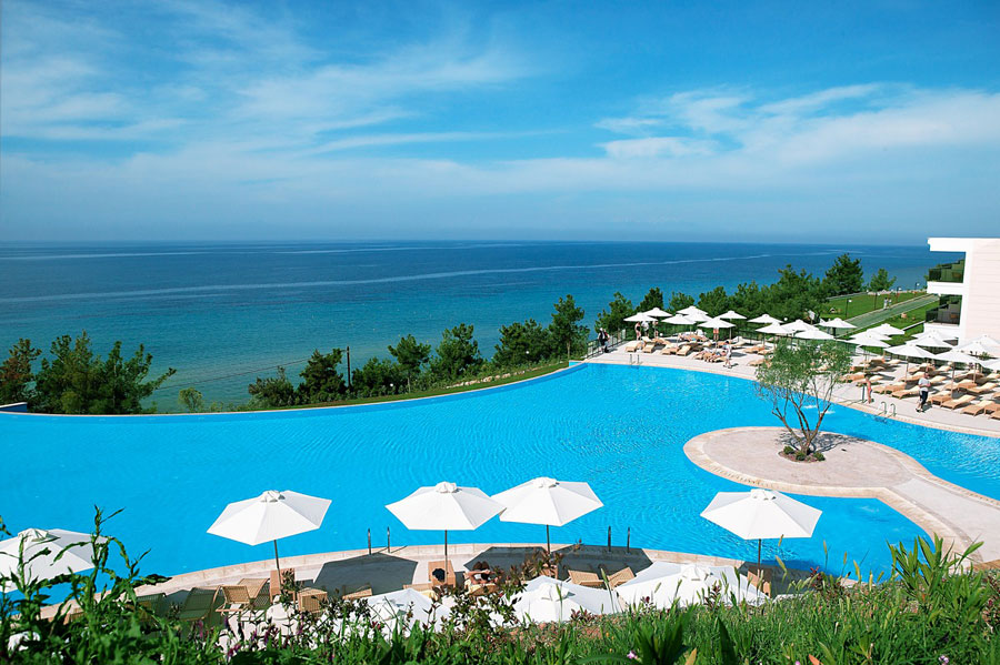 Piscina dell'Ikos Oceania Resort