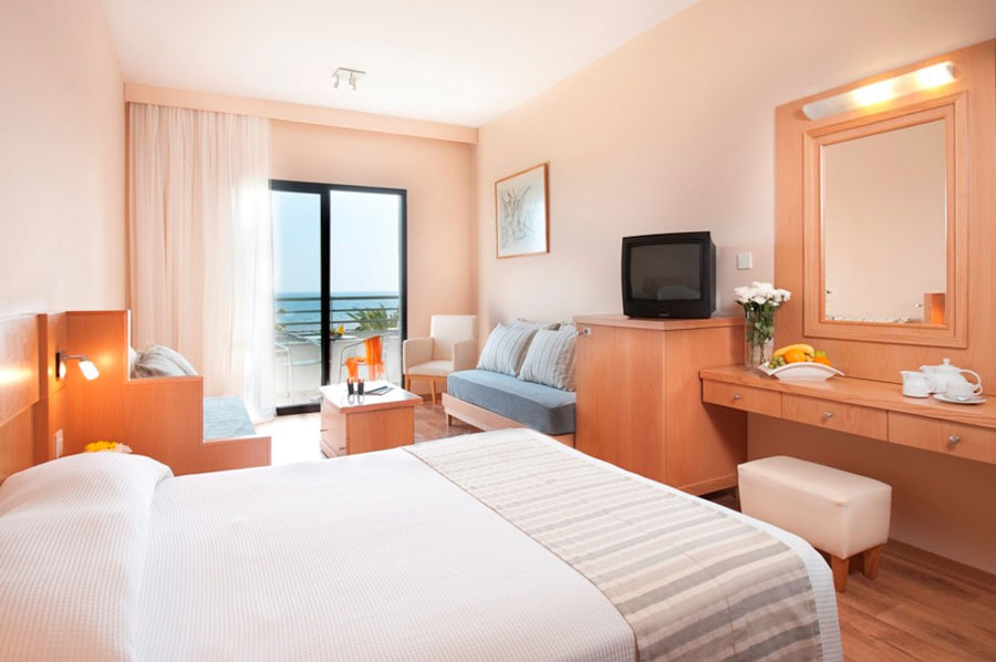 Camere del Louis Phaethon Beach Resort