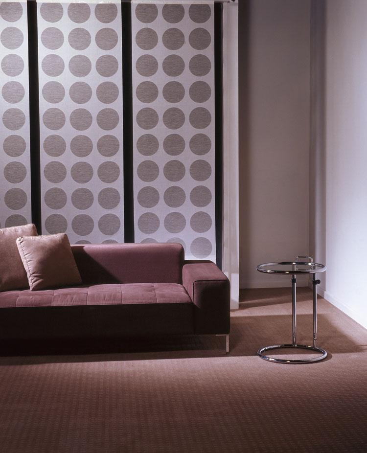 50 esempi di tende a pannello moderne per interni - Tende oscuranti per interni ikea ...