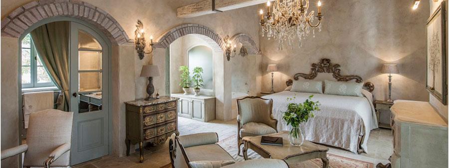 Camera dell'hotel Borgo Santo Pietro