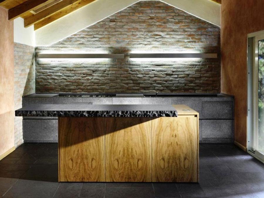 Foto della cucina in muratura moderna n.26