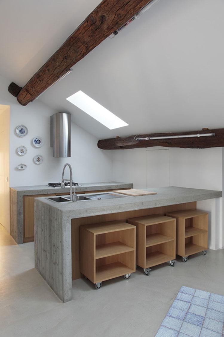 Foto della cucina in muratura moderna n.38