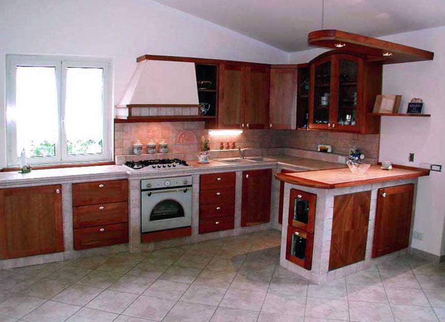 Modello di cucina in muratura rustica n.28