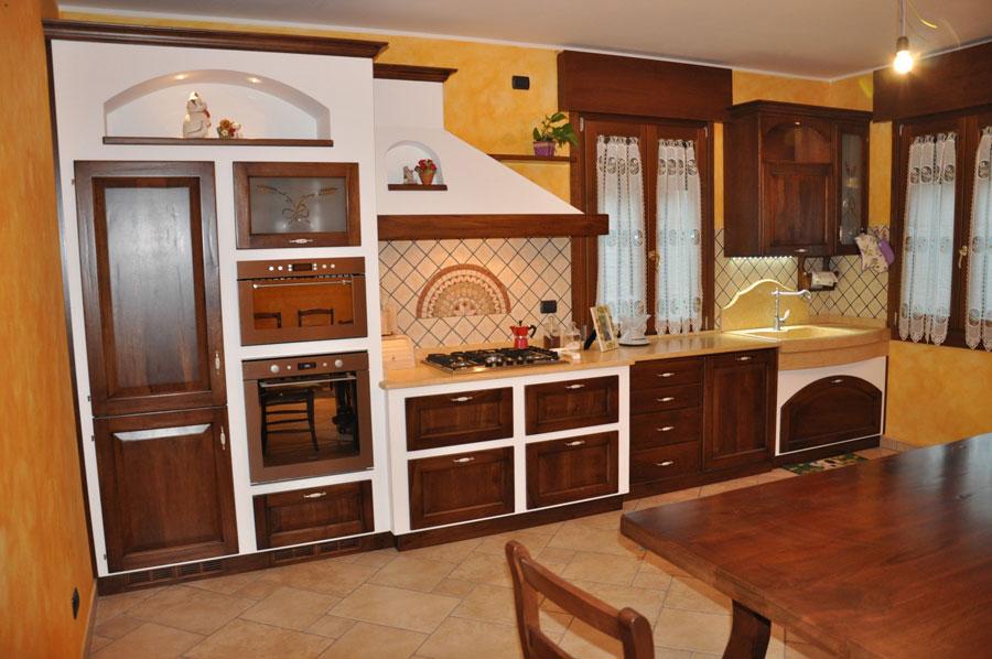 Modello di cucina in muratura rustica n.30