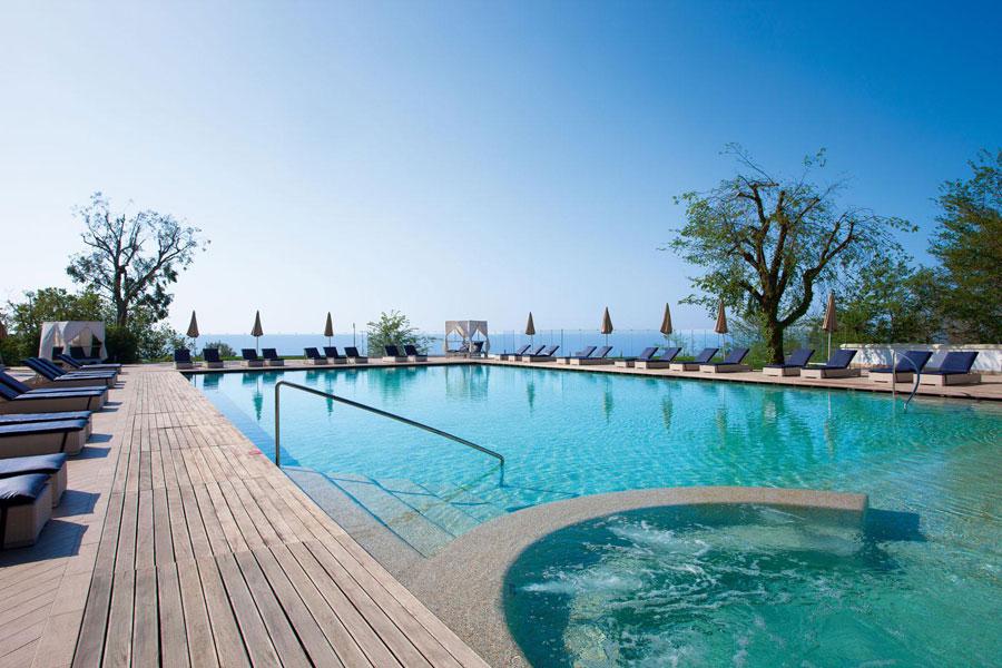 Piscina del Grand Hotel Nastro Azzurro a Sorrento