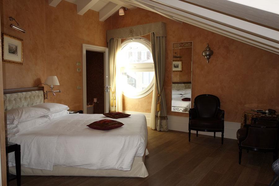 Camera dell'hotel Moresco a Venezia