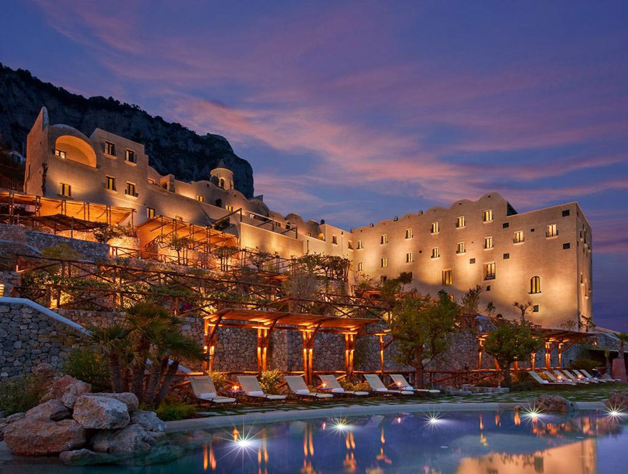 Esterno dell'hotel Monastero Santa Rosa