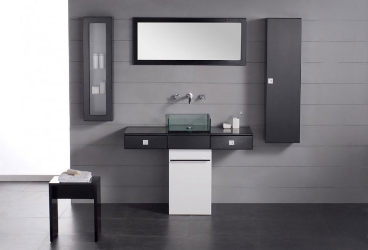 Specchio per bagno dal design moderno n.02