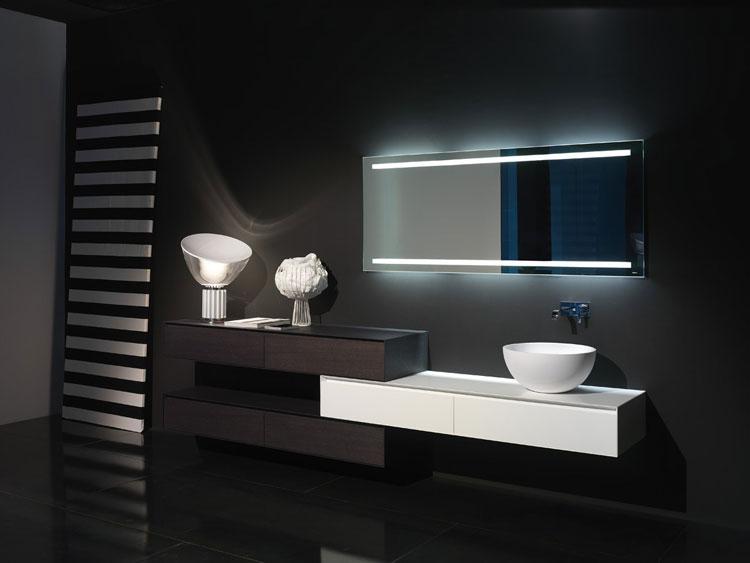 Specchio per bagno dal design moderno n.05
