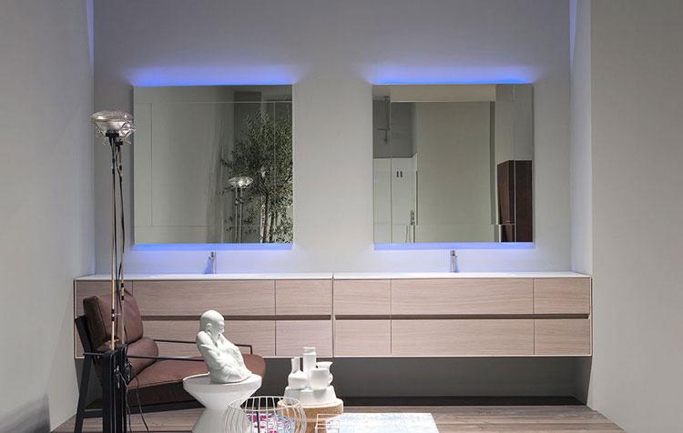 Specchio per bagno dal design moderno n.13