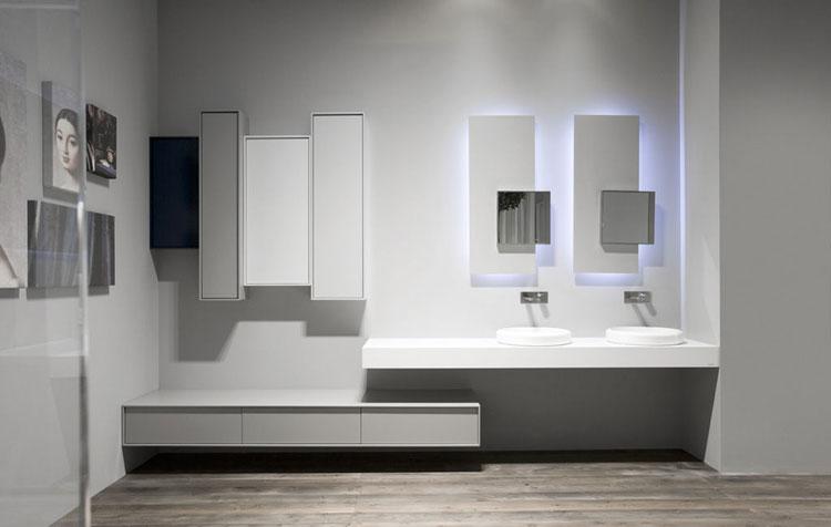Specchio per bagno dal design moderno n.16