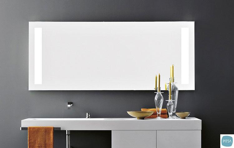 Specchio per bagno dal design moderno n.17