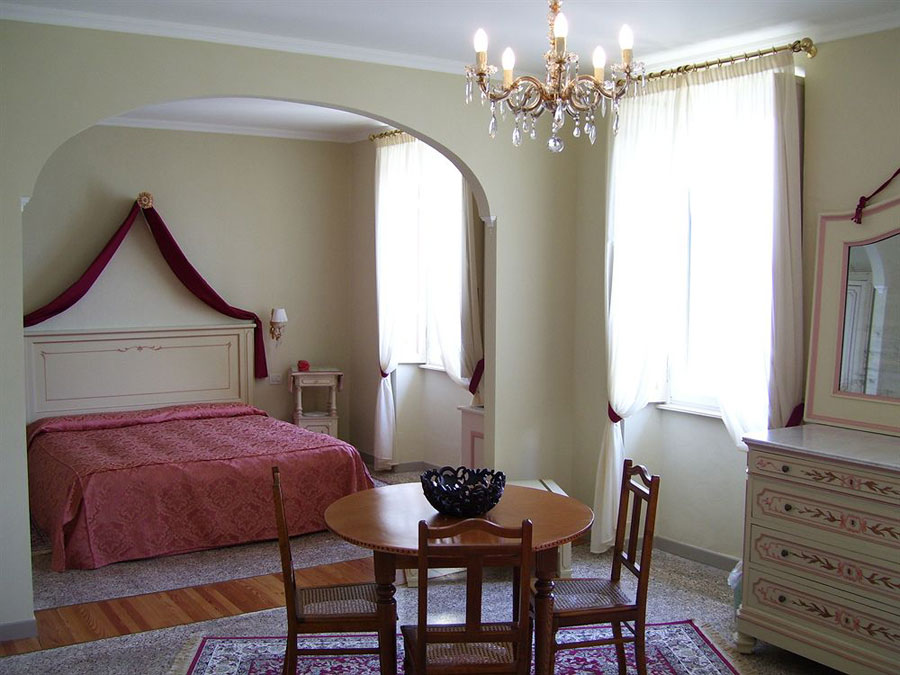 Camera dell'hotel Villa La Mirabella
