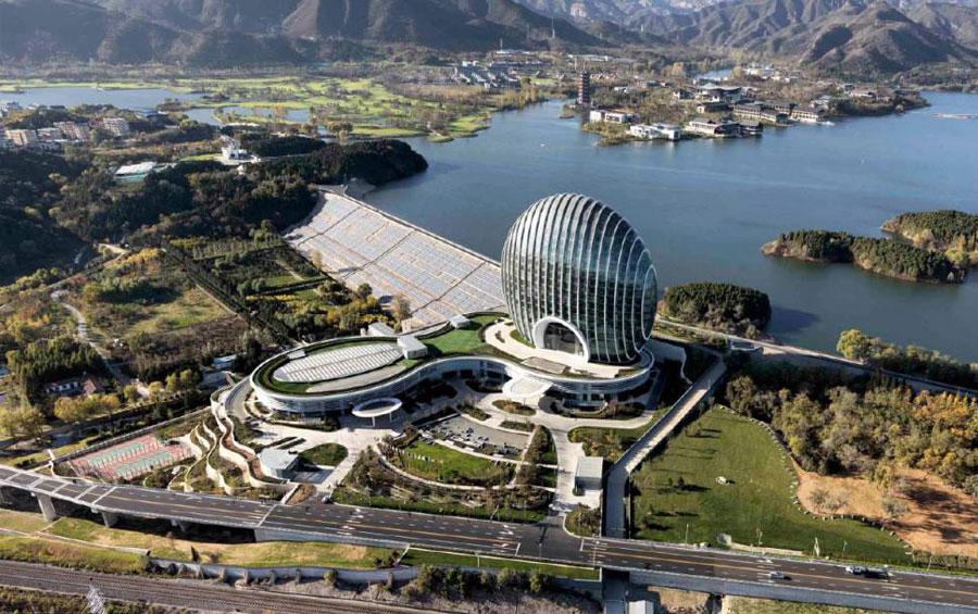 Lo Yanqi Lake Kempinski Hotel visto dall'alto