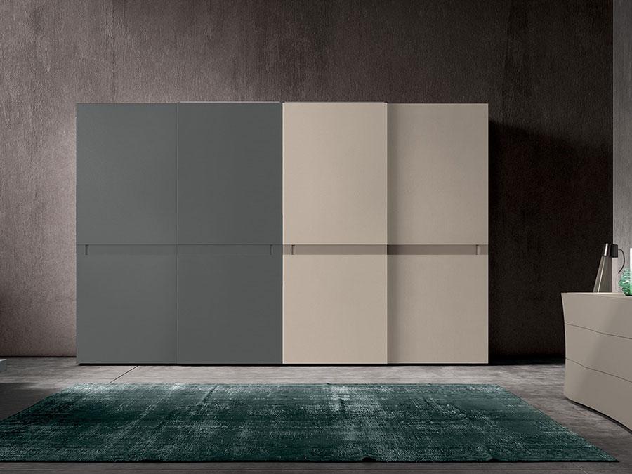 Modello di armadio con ante scorrevoli di Colombini Casa n.01