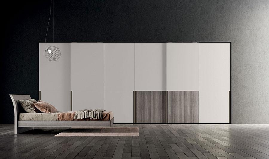 Modello di armadio con ante scorrevoli di Colombini Casa n.02