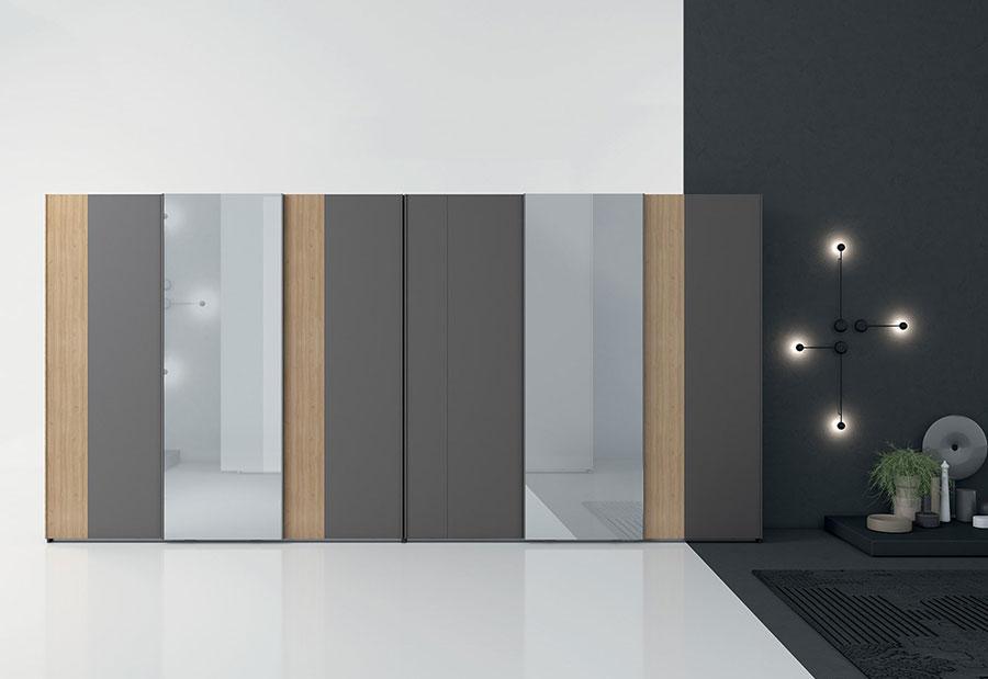 Modello di armadio con ante scorrevoli di Colombini Casa n.04