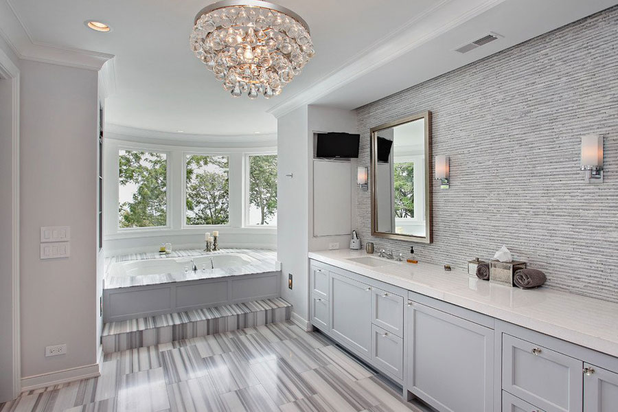 Idee di arredamento per bagno classico moderno n.01