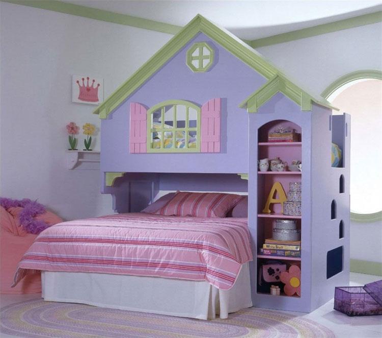 Letto a castello a forma di casa