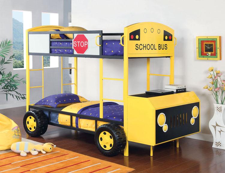 Letto a castello a forma di scuolabus