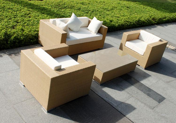 Set di mobili da giardino in rattan n.13