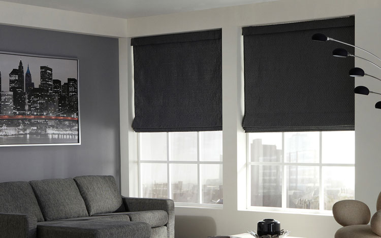 50 modelli di tende a pacchetto moderne per interni for Tende d arredo moderne
