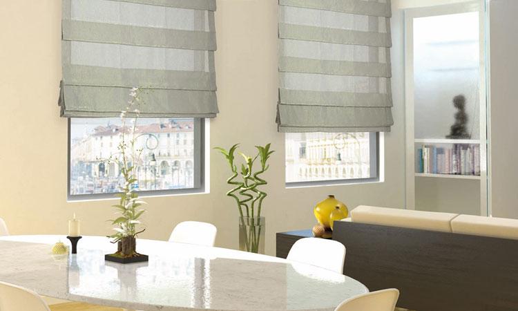 50 modelli di tende a pacchetto moderne per interni - Tende finestra bagno ikea ...