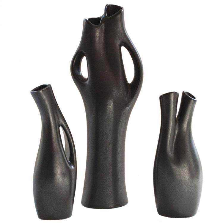 Vaso moderno dal design particolare n.03