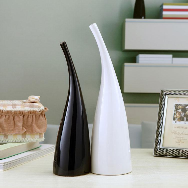 Vaso moderno dal design particolare n.11