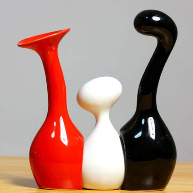 Vaso moderno dal design particolare n.16