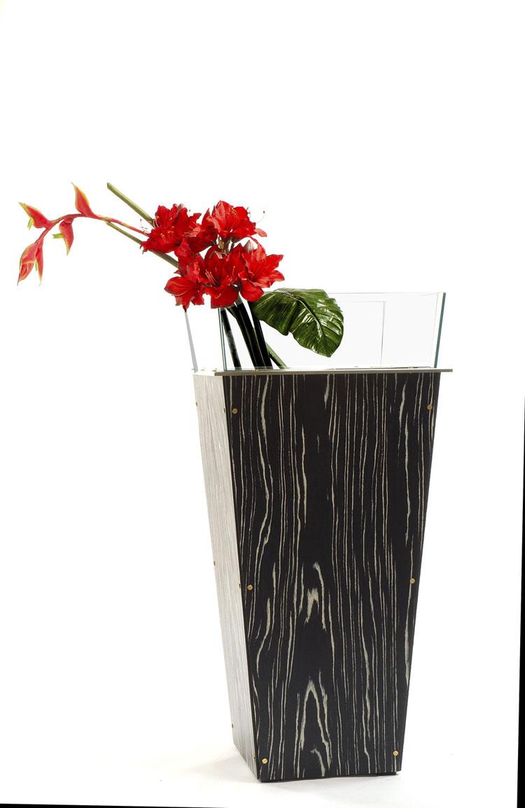 Vaso moderno dal design particolare n.43