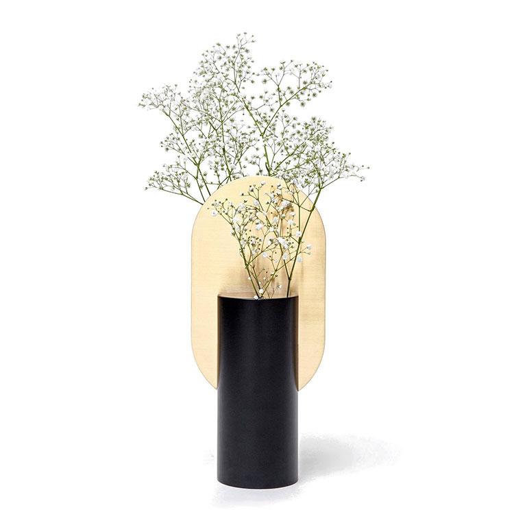 Vaso moderno dal design particolare n.64